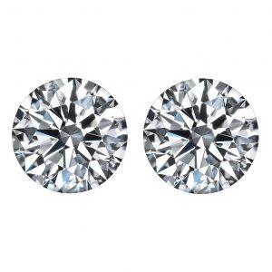 brilliant cut round diamonds side stones by Ava Diamonds