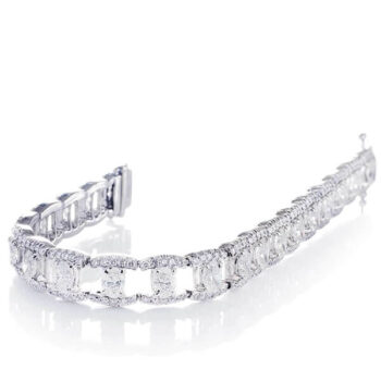 oval diamond bracelet with round diamond pave settings