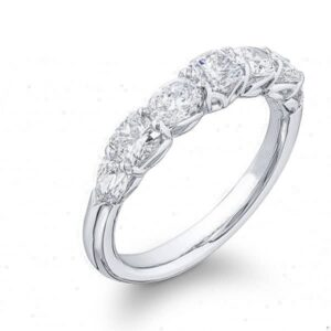 square cushion and oval cut wedding pand platinum
