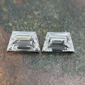 step cut trapezoid side stone pairs